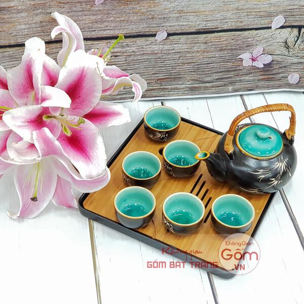 Ấm trà đẹp rẻ tại Không Gian Gốm Bát Tràng