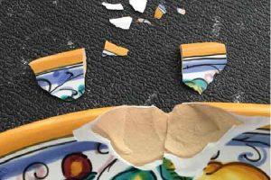 Cách sửa đồ dùng bằng gốm sứ bị vỡ