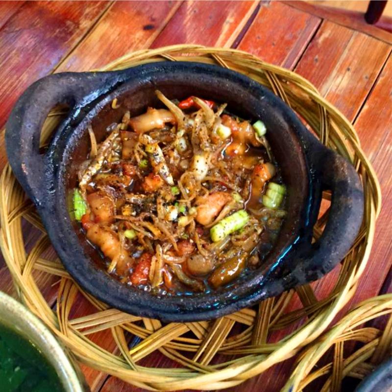 Quán ăn ngon rẻ gần Tân Sơn Nhất Nhà hàng ngon quận tân bình - cá bống kho tộ