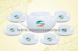 In logo bộ ấm trà quà tặng tri ân khách hàng của viettel - In logo giá xưởng