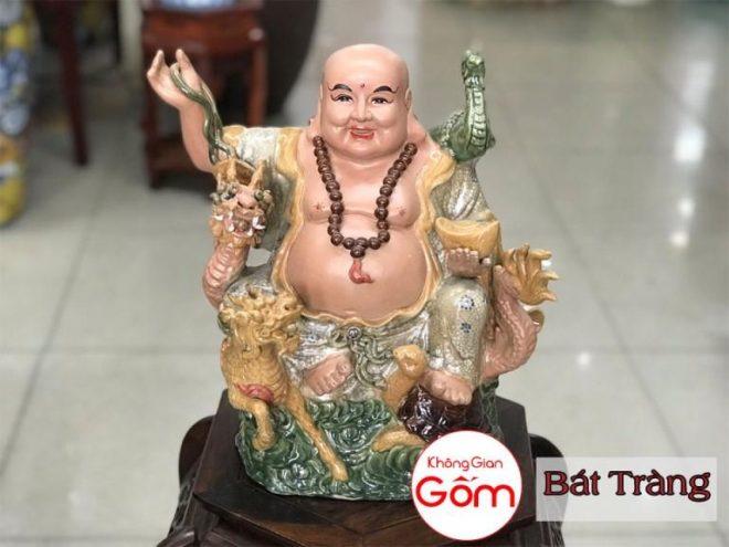 [Hướng dẫn] Cách đặt Phật Di Lặc trên bàn thờ thần tài thổ địa