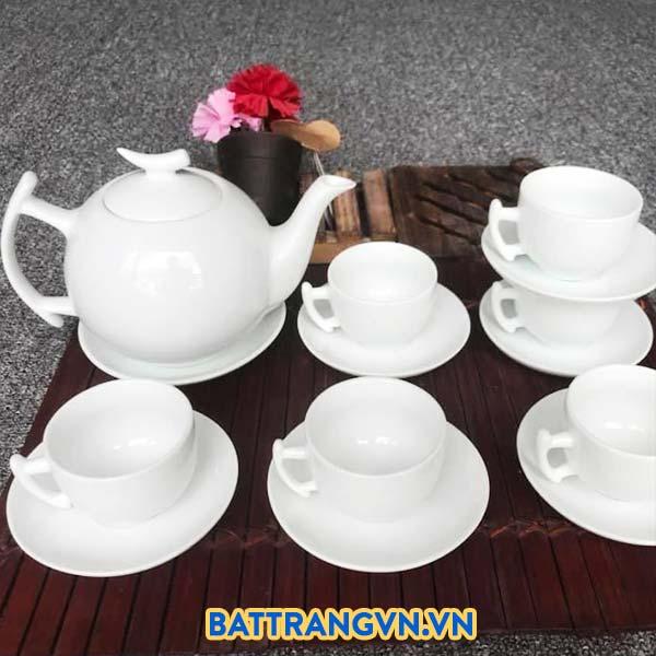 Bộ trà sứ trắng trơn dáng tròn 03