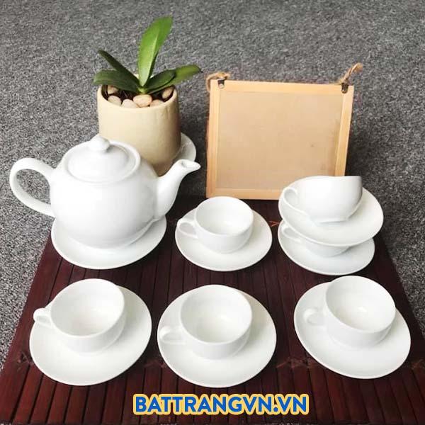Bộ trà sứ trắng trơn dáng tròn 04