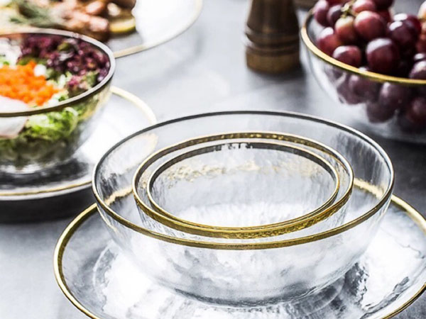 Ưu nhược điểm của bát đĩa gốm sứ và bát đĩa thủy tinh