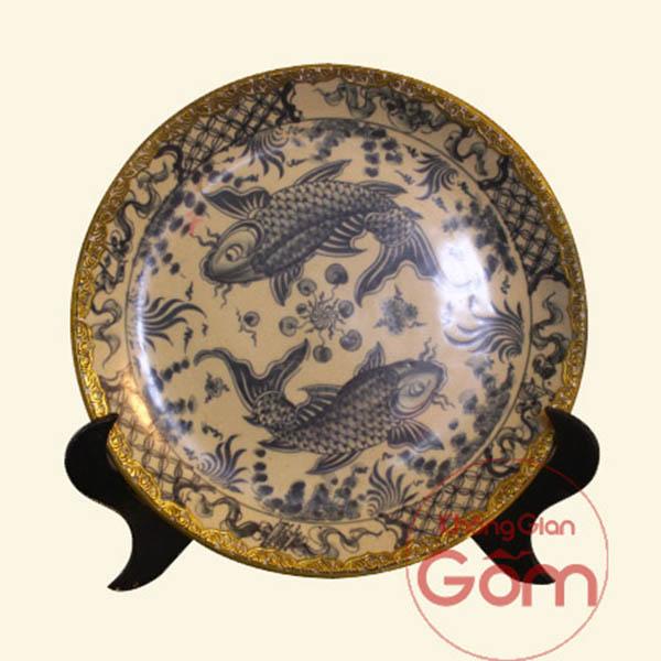 Đĩa gốm sứ trang trí là gì? Được dùng như thế nào?