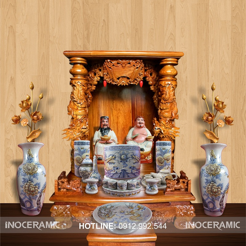 Bộ bàn thờ ông địa, thần tài tại Củ Chi