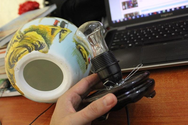 Cách sử dụng đèn xông tinh dầu Bát Tràng