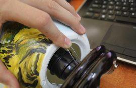 Cách sử dụng đèn xông tinh dầu Bát Tràng an toàn