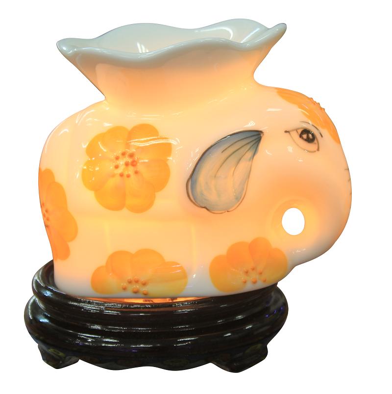 đèn xông tinh dầu đẹp hình chú voi con