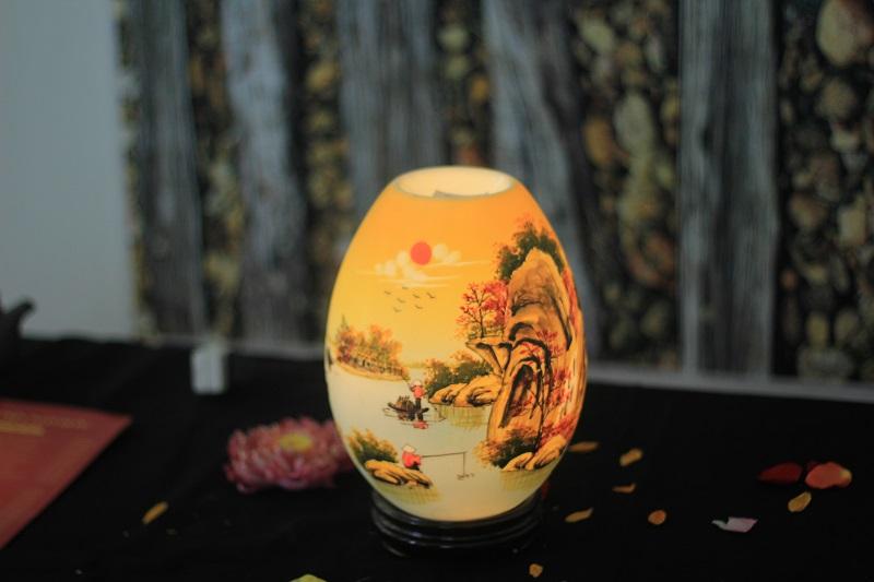 Mẫu đèn xông tinh dầu Bát Tràng đẹp