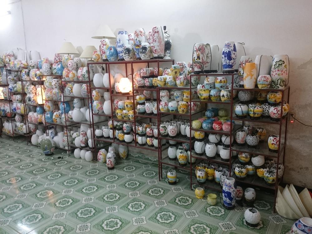 xưởng sản xuất đèn xông tinh dầu tại Bát Tràng Hà Nội